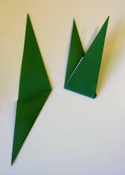 Origami iris leaf steps5-6