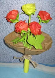 origami-rose-bouquet-Iran.jpg