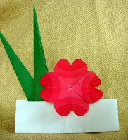 origami-iris-leaf-four-heart-flower
