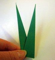origami-iris-leaf