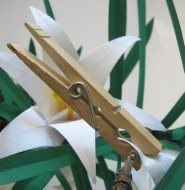 origami-lily-clothespin.jpg